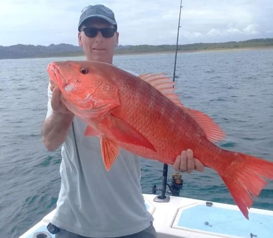 Quepos Inshore Cubera fishing charter